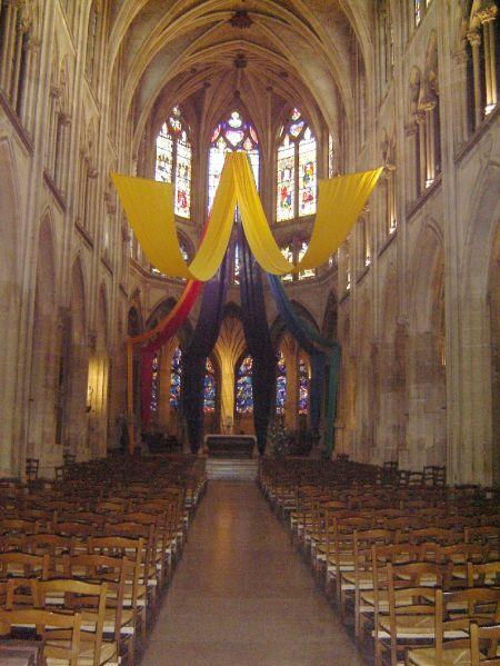 La nave principal de la Iglesia de Saint Severin.