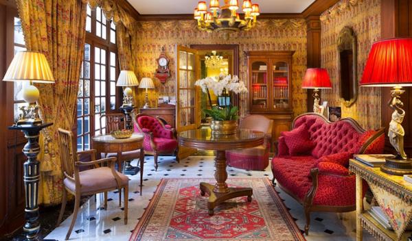 Hotel Duc de Saint Simon.